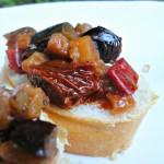 Melanzane in padella ai 3 pomodori … la golosa bruschetta del buon inzio!