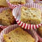 Hot Milk Sponge Cake gluten free, al profumo di Mandorla e con granella di Nocciole